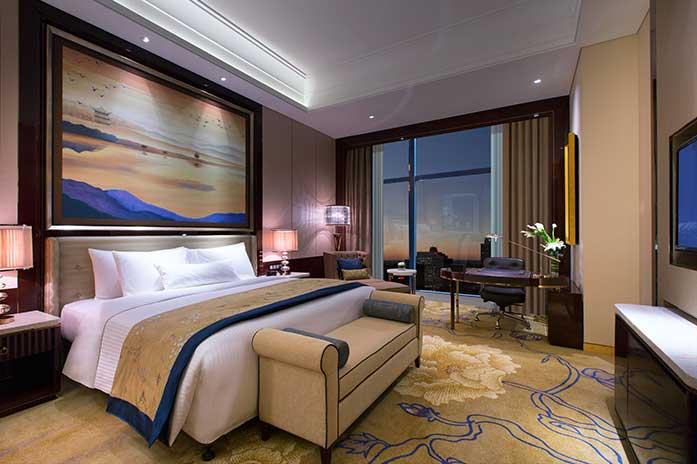 长沙万达文华酒店高级豪华大床房
