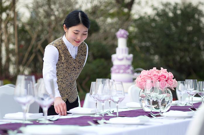 江门万达嘉华酒店户外花园婚礼