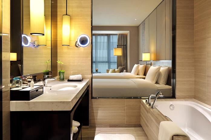 客房|豪华双床房卫生间