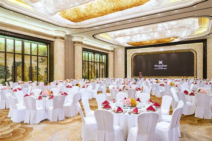 武汉万达瑞华酒店大宴会厅中式婚宴
